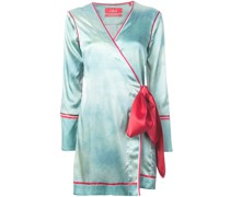Kleid mit kurzem Schnitt