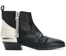 contrast panel boots