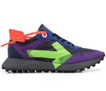 Arrow print low-top sneakers