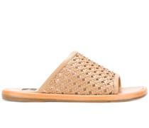 Gewebte Sandalen