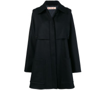 Mantel mit verdeckter Knopfleiste