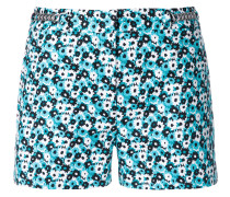 Geblümte Shorts mit Zierkette