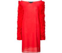 Kleid mit texturierten Ärmeln