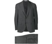 Karierter Anzug