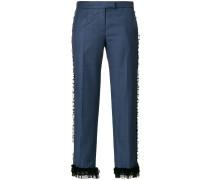 Cropped-Hose mit Spitzenrüschen