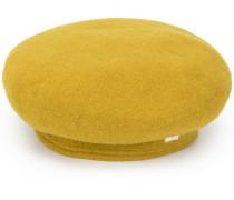 Mütze mit Z-Applikation