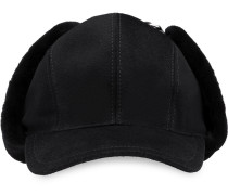 Mütze aus Ohrenklappen