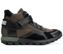 High-Top-Sneakers mit Logo-Riemen