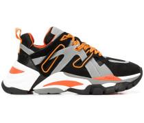 'Flash Dark' Sneakers