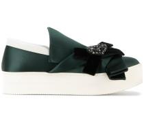 Sneakers mit Samt-Schleife