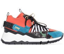 Sneakers mit Schlüsselring