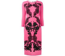 Krepp-Kleid mit Rosenstickerei