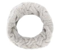Runder Schal
