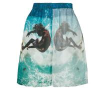 surf print shorts