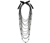 Halskette mit mehreren Riemen