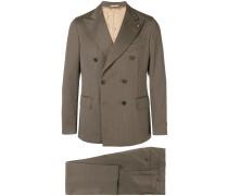Doppelreihiger Anzug