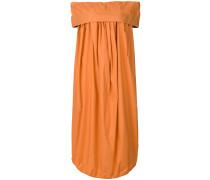 Kleid mit asymmetrischem Schnitt