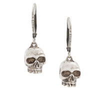 Silberohrringe mit Totenkopfanhängern