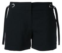 Shorts mit Ösenverzierung