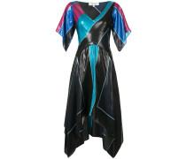 Asymmetrisches Kleid mit V-Ausschnitt