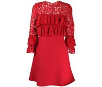Gerüschtes Kleid mit Spitze