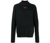 Flauschiger Pullover mit Logo