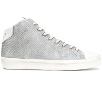 Texturierte High-Top-Sneakers