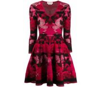 Kurzes Kleid mit Rose
