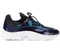 Sneakers mit Lackeinsatz