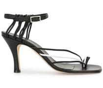 Sandalen mit eckiger Spitze