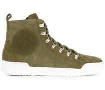 Sneakers mit Knöchelriemen