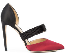 Stiletto-Pumps mit Schleife