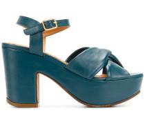 Flander sandals