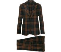 Anzug mit Schottenkaro