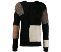 Patchwork-Pullover mit Zopfmuster