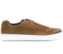 Wildleder-Sneakers mit Kontrastsohle