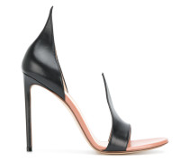 pointed detail sandals