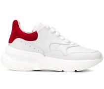 Sneakers im Oversized-Look