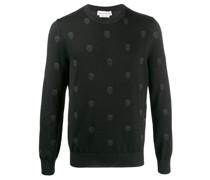 Pullover mit Totenköpfen