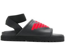 Sandalen mit aufgesticktem Logo