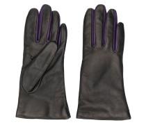 Handschuhe in Kontrastoptik