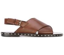 Sandalen mit überkreuztem Riemen