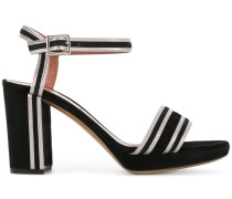 Sandalen mit Kontraststreifen