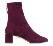 zipped up ankle boots