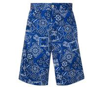 Shorts im Skater-Look