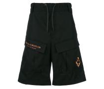 Shorts mit aufgesetzten Taschen