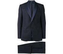 Zweiteiliger Anzug mit Schalkragen