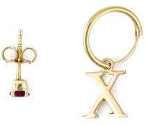 Set aus zwei Goldohrringen mit Rubin