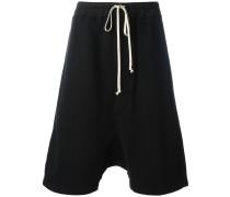 Shorts mit tiefem Schritt