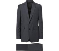 Dreiteiliger Anzug mit Karomuster